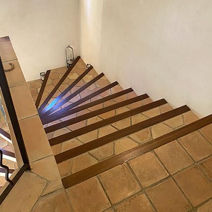 Escaliers en tomettes